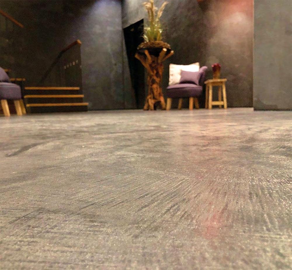 Fußbodendesign mit Zementspachteltechnik